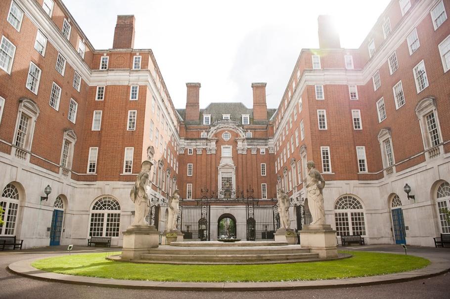BMA House London, British Medical Association, London Wedding Venue, Awesome wedding venue, wedding venue London, Impressive UK wedding venue