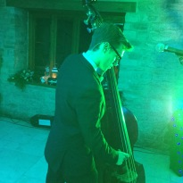 set up wedding group, wedding band at kingscote barn, wedding band tetbury, band for tetbury, band for gloucestershire party, band with double bass south west